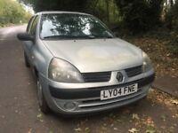 2004 Renault Clio 5Dr Hatchback 1.2 Petrol **NEW 1 YEAR MOT**