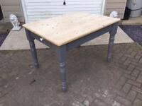 Antique Pine Scrub Top Dining/Kitchen Table