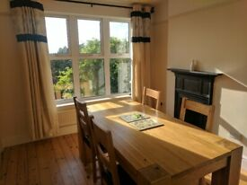 2 bedroom cottage with fantastic views (now taken - subject to checks)