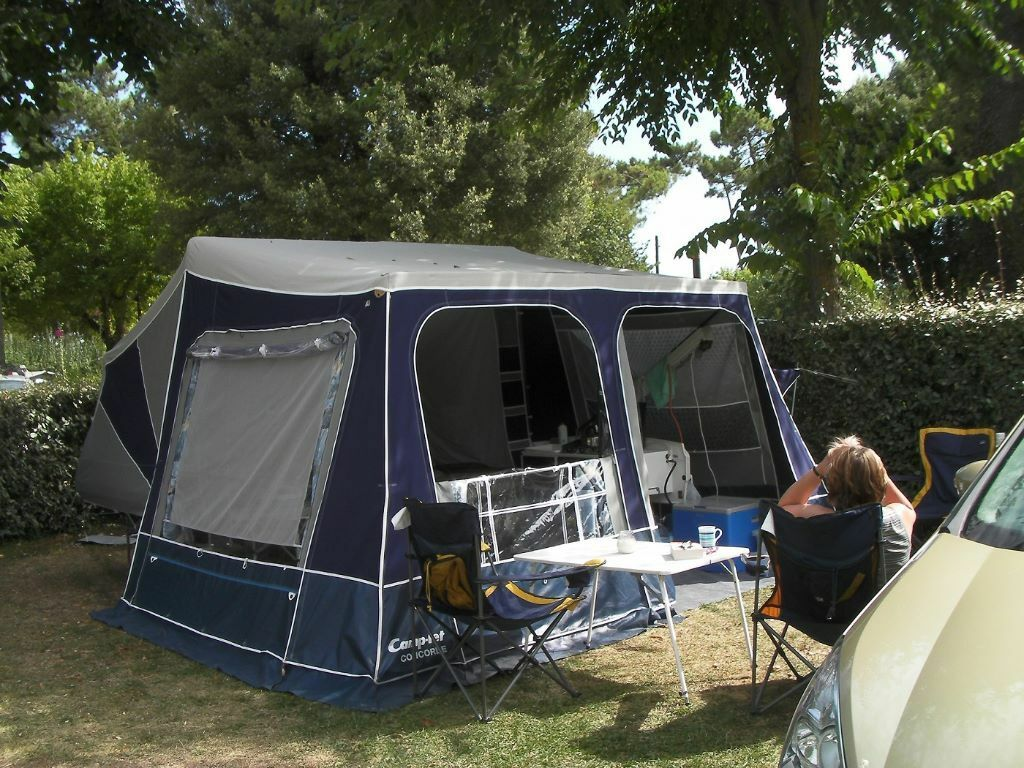 Camp-Let Concord 2010 Trailer Tent