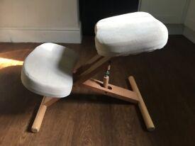Pine Kneeling Chair