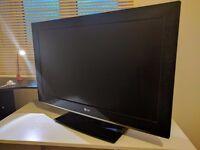 "LG 32"" LCD TV"