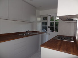 2 bed apartment 1 min Hampton Wick station. Ground floor. Fully refurbished to a v. good standard