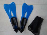 Adult Flippers – size uk 5.5 – 6.5