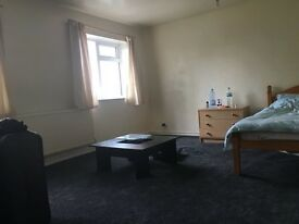Double king size room Avalible