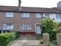 Beautiful 4 bedroom house in Neasden in quiet residential area with private parking & garden