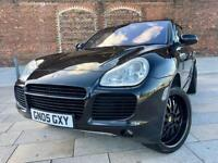2005 / PORSCHE CAYENNE 4.5 TURBO / 22 INCH ALLOYS / LEATHER / SAT NAV / MARCH MOT .