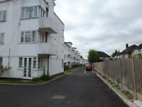 A TWO BEDROOM SECOND FLOOR FLAT IN A GATED COMPLEX CLOSE TO NORTH FINCHLEY HIGH STREET