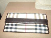 NEW GENUINE BURBERRY LADIES WALLET - COMES WITH ORIGINAL PACKAGING