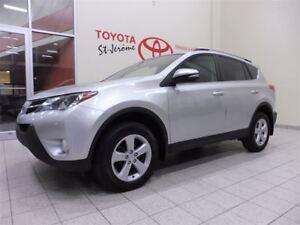 2014 Toyota RAV4 * XLE * TOIT * MAGS * FOGS *