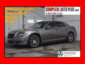 2012 Chrysler 300 S V6 3.6L *Cuir,Mags 20po,Toit pano,