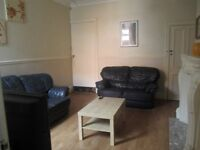 All inclusive large rooms in 6 bedroom house fenham