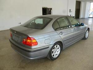 2003 BMW 325i LUXURY SEDAN! ONLY 132,000KMS! ONLY $6,900!!!! Edmonton Area image 3