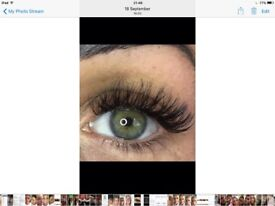 Individual classic and Russian volume eyelashes extensions