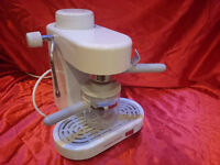 MORPHY RICHARDS EXPRESSO CAPPUCCINO COFFEE MAKER