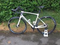 Giant defy advanced pro3 carbon road bike