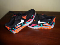 girls trainers brand new size 37