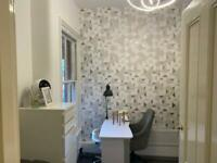 2 beauty rooms to rent