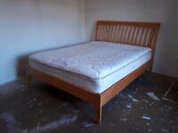 Wooden bed frame - Kingsize
