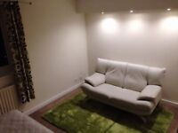 Ensuite Double Room To Let In Town Center