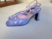 Beautiful lilac satin shoes size 7-7.5