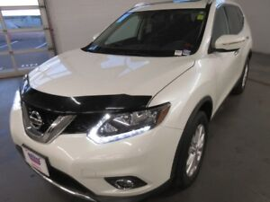 2015 Nissan Rogue SV- BACK-UP CAM! POWER SUNROOF! HEATED SEATS!
