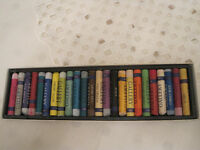 24 Inscribe oil Pastels [ boxed]