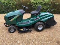 Ride on Mower, Hayter RS102H, 40 inch cut, 17HP petrol mower