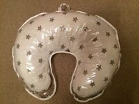 Widgey nursing pillow, white with stars