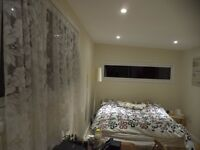 Large spacious room with double bed, furnished, with ensuite