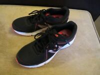 New Balance 390 V2 black women's trainers, running, gym workout shoes, size 5