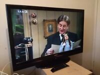 """Great condition 42"""" HITACHI LCD TV full hd ready 1080p, freeview"""
