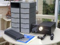 Voigtlander VP200AF automatic slide projector with remote control and 25 slide cassettes