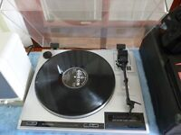 quality pioneer stereo turntable record player,plays 33rpm & 45rpm records,in excellent condition..
