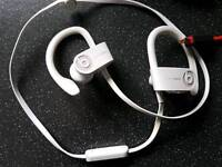 Dr dre powerbeats2 wireless headphones