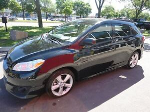 2009 Toyota Matrix ALL WHEEL DRIVE AVEC TOIT OUVRANT