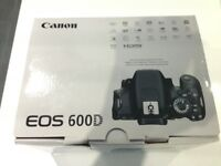 Canon EOS 600D camera & accessories