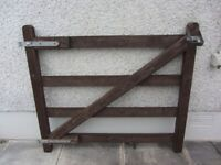 RANCH STYLE WOODEN GATE