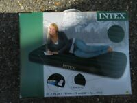 INTEX SINGAL AIR BED