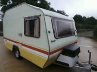 Caravan 2 or 4 Berth
