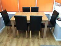 6-seater Oak Effect Extendable Dining Table