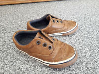 Leather toddler shoes size 7