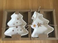NEW Set of x2 small Christmas Dishes