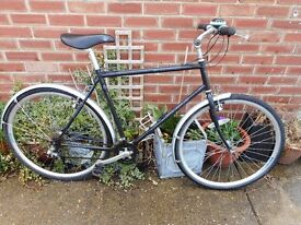 mans 21 inch aluminum frame mercury bike with lock and bell