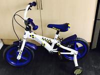 "Kids 15"" police bike with stabilisers"