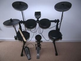Alesis DM6 USB Electronic Drum Kit with , Pads , Cymbals , Hi-Hat and Bass Pedal.