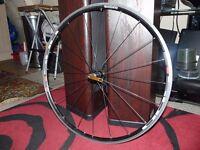 Shimano R500 700c lightweight front wheel