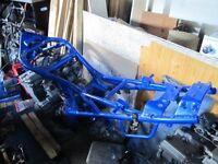 SUZUKI BANDIT 600 MK2 FRAME & V5, ENGINE, CARBS, NUMBER PLATE