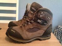 Meindl walking boots. Gore tex. size 6
