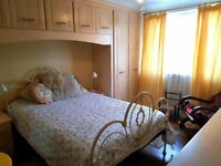 Beautiful double room to let nw98dn